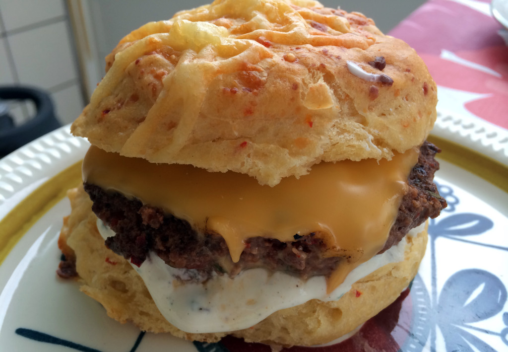 Jeg bruker ost som er spesialtilpasset burgere.