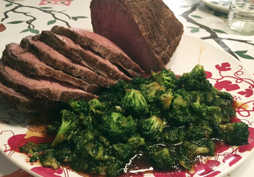 Asiatisk brokkoli - tilbehør til oksekjøtt